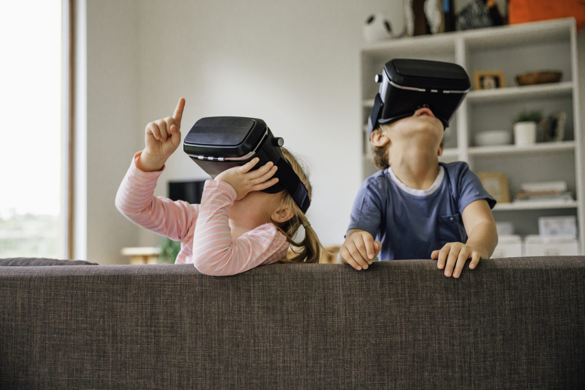 Children Exploring Virtual Tours Reality Technology